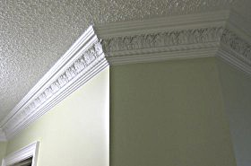 flower and rope moulding