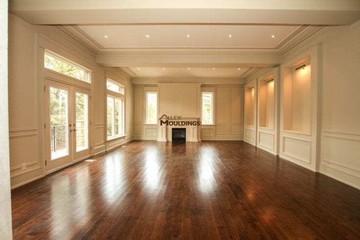 living room wall and ceiling trim design